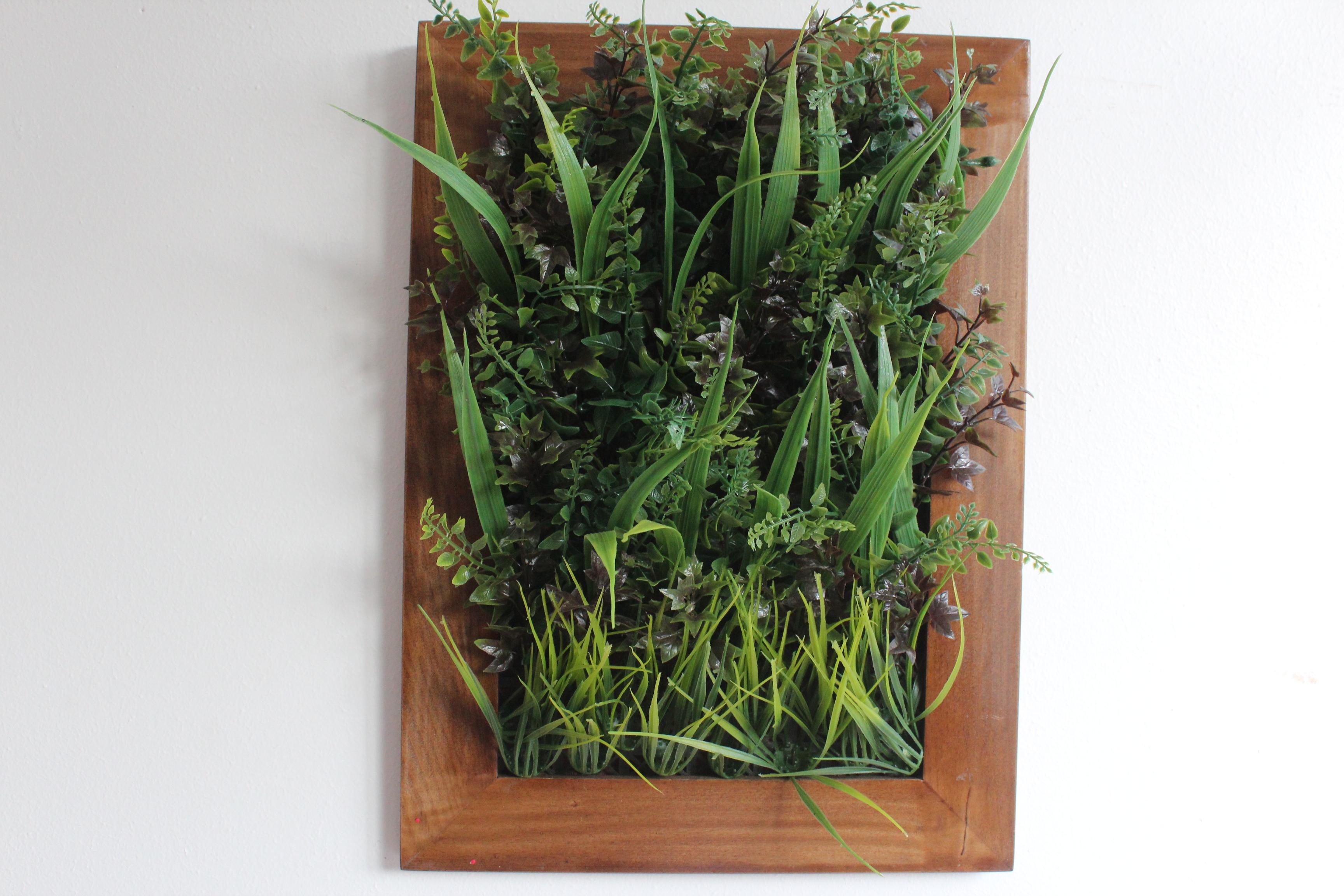 Un jard n vertical en casa noticias sector inmobiliario for Inmobiliaria jardines