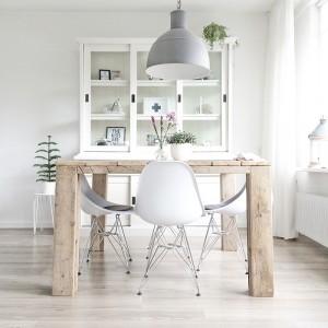 PUNTXET Una vivienda luminosa decorada en blanco y madera (11)