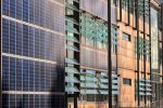 Paneles solares en las fachadas: eficiencia energética y diseño